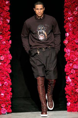 Givenchy Menswear FW 2011. Изображение № 34.