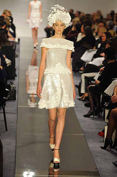 Chanel Spring 2009 Haute Couture. Изображение № 22.