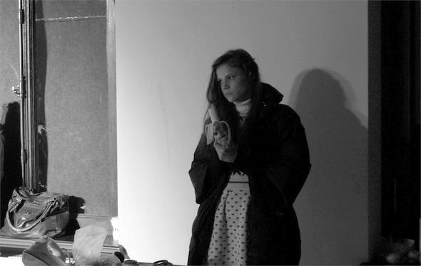 Дизайнер Андрей Артемов: «Она идет от своего парня в мужском пиджаке поверх коктейльного платья». Изображение № 20.
