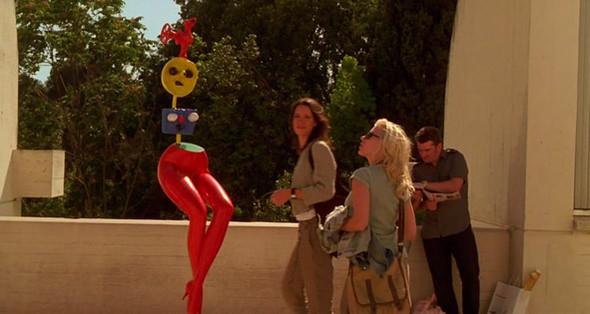 6. Fundació Joan Miró Еще один музейный центр с современным искусством — но одного отдельно взятого автора, Жоана Миро, такого же символа Барселоны, как и Гауди. К зданию Фонда Миро, открытому в 1975 году, надо лезть на Монжуик (оно стоит за монументальным Национальным музеем), но это того стоит — коллекция картин и скульптур Миро здесь самая большая в мире.. Изображение №57.