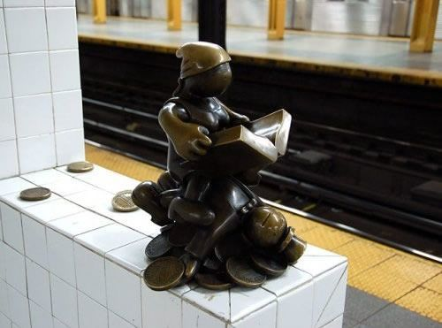 Скульптуры вНью-Йоркском метро. Изображение № 10.