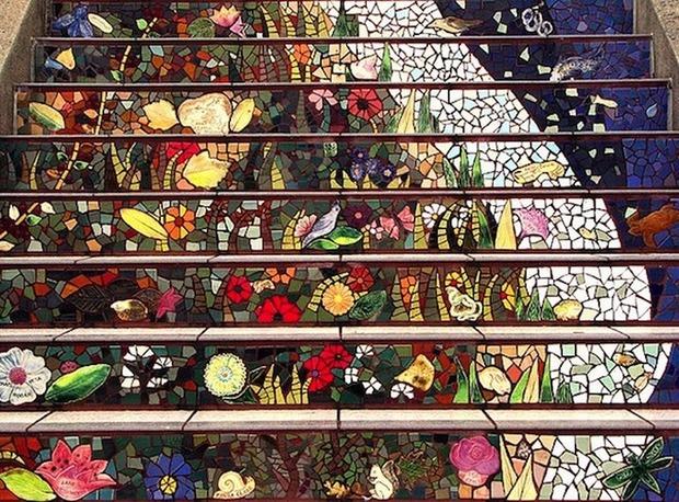 Разноцветная мозаика на лестнице в Сан-Франциско. . Изображение № 4.