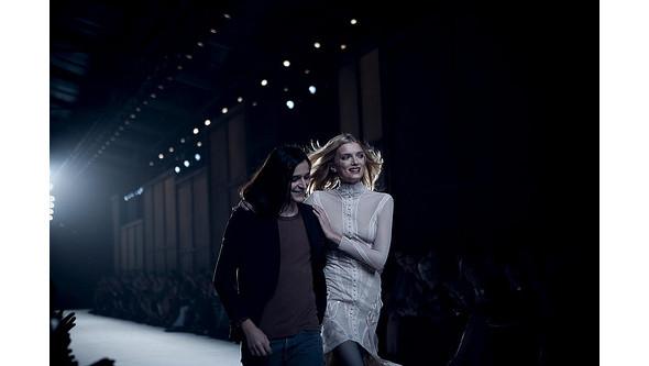 Новости моды: Оливье Тейскенс, Линдсей Лохан и Alexander McQueen. Изображение № 1.