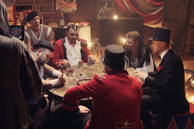 Группа Бумбокс сняла новый клип «Пiддубний Микола?». Изображение № 6.