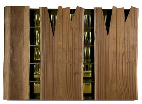 Рустикальный шкаф для посуды от Edra. Изображение № 3.