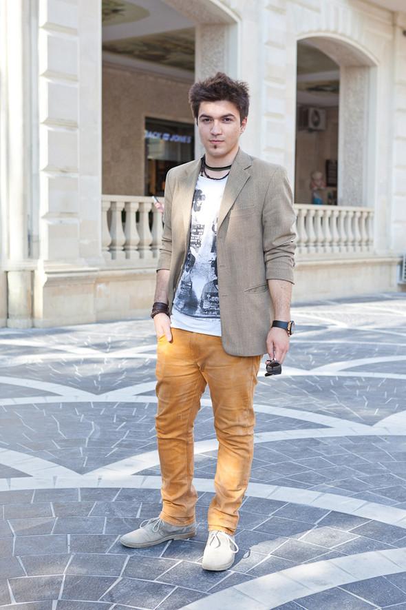 Baku Street Fashion | Spring 2012. Изображение № 39.