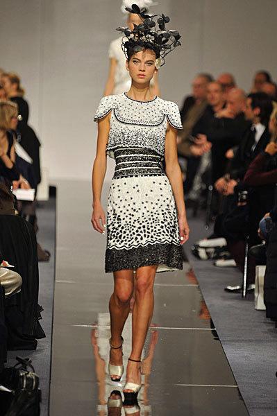 Chanel Spring 2009 Haute Couture. Изображение № 34.
