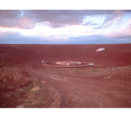Новая земля: Гид по современному ленд-арту. Изображение № 44.