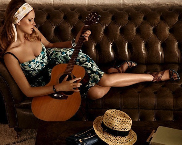 Лукбуки: Chloë Sevigny for Opening Ceremony, Louis Vuitton и Lou. Изображение № 35.