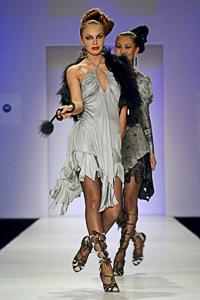 Zandra Rhodes – дизайн текстиля иодежды. Изображение № 6.