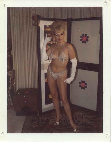 Изображение 35. Стриптиз,Polaroid и60-е годы.. Изображение № 35.