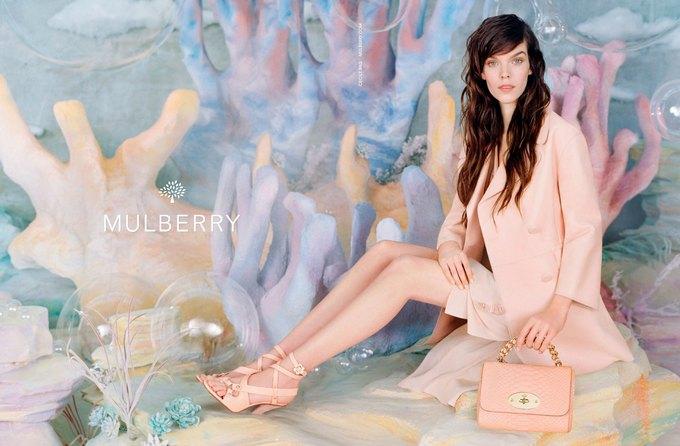 Gucci, Mulberry, Chanel и другие марки показали новые кампании. Изображение № 5.