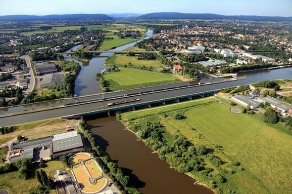 Хотите поплавать по мосту?. Изображение № 2.
