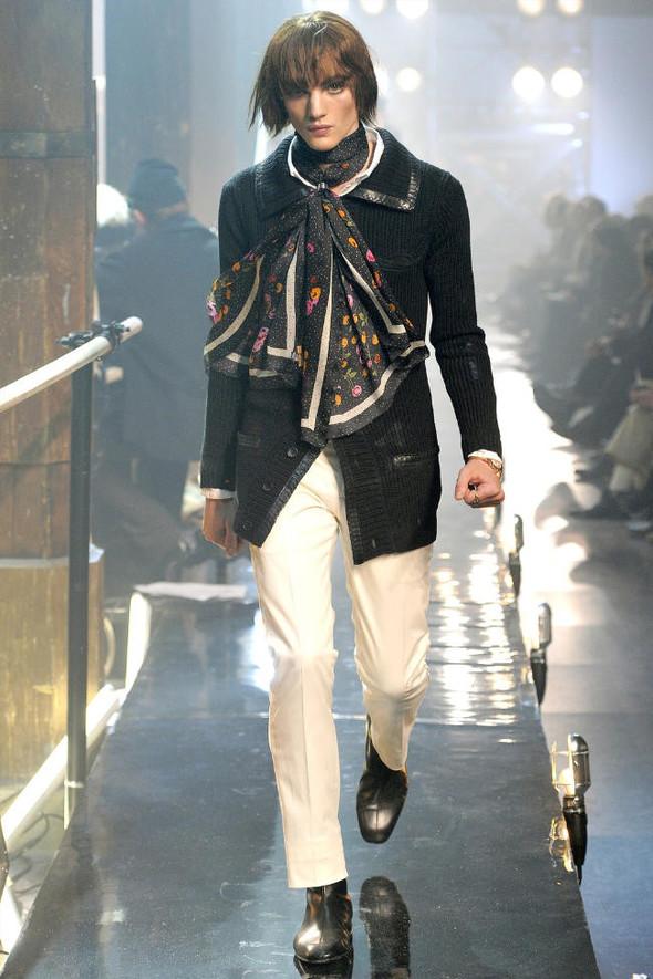 Джон Гальяно/ Осень-зима 2011/ Неделя моды в Париже. Изображение № 7.