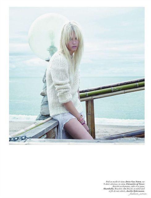 Съёмка: Саша Пивоварова и Наташа Поли для французского Vogue. Изображение № 10.