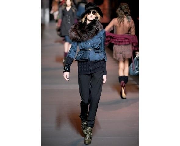 Показ Dior FW 2011. Изображение № 6.