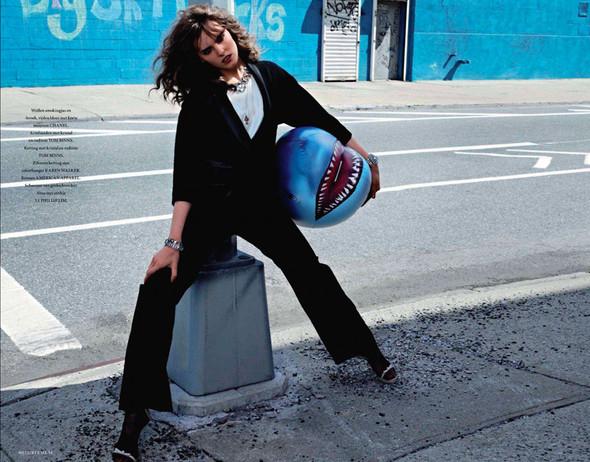 Съёмка: Миф Шеперд для L'Officiel. Изображение № 2.