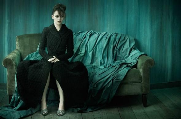 Съёмка: Кристен Стюарт для итальянского Vogue. Изображение № 5.