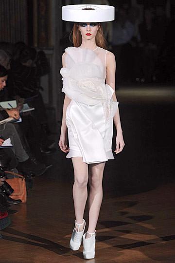 Неделя моды в Париже: Haute Couture. Изображение № 53.