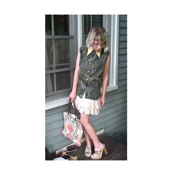 Тави Гевинсон стала стилистом. Изображение № 1.