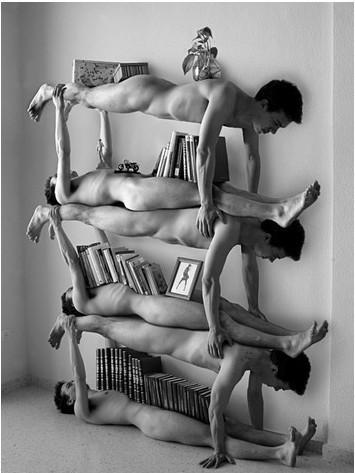 Фотографии David Blazquez (Мебель изобнаженных мужчин). Изображение № 1.