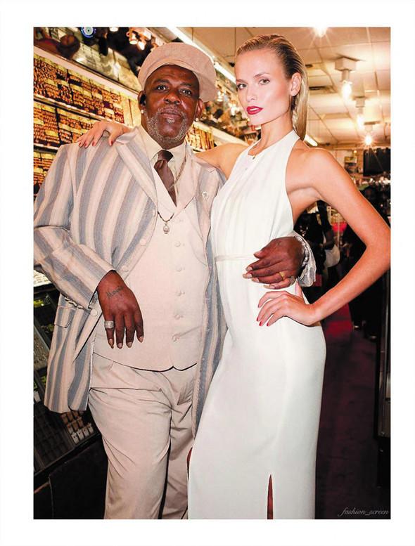 Съёмка: Наташа Поли и Терри Ричардсон для французского Vogue. Изображение № 10.