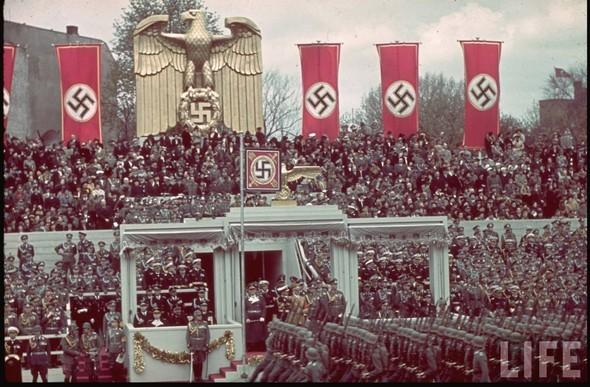 100 цветных фотографий третьего рейха. Изображение №61.