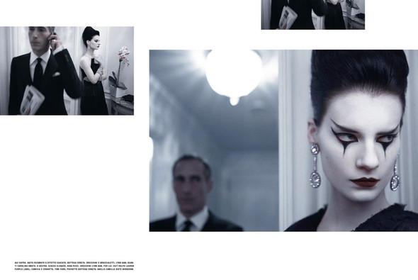 Съёмка: Кверелле Янсен для Vogue. Изображение № 3.