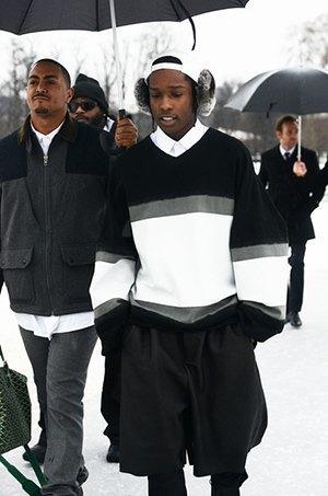Эйсэп Роки в тотал-луке Shaun Samson в пути на показ Dior. Изображение № 4.
