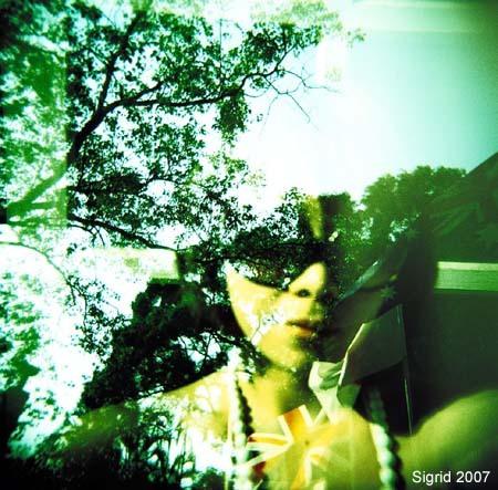 Волшебный ЛОМО-мир Sigrid Chien. Изображение № 14.