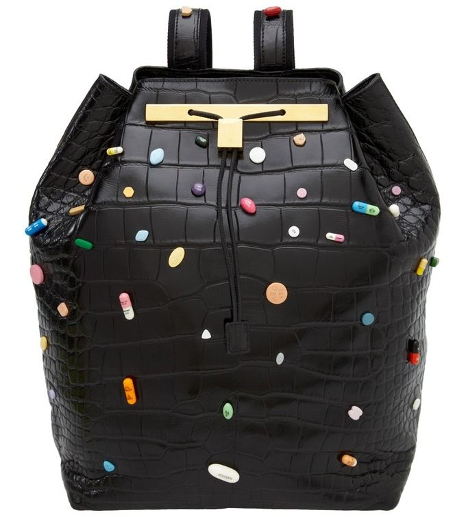 Сестры Олсен и Дэмиен Хёрст создали рюкзаки за $55 000. Изображение № 1.