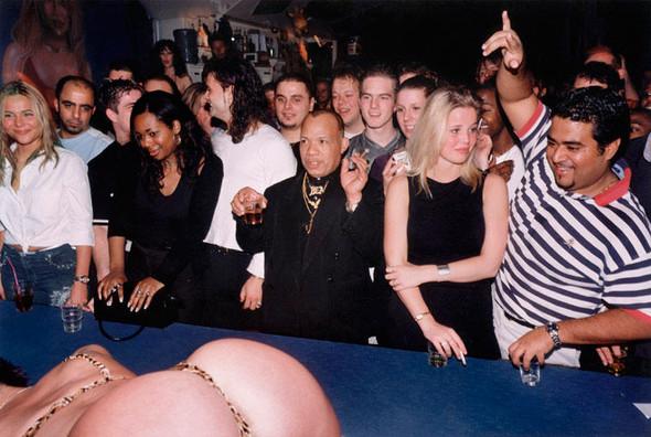 Короли вечеринок: 10 фотографов, снимающих светские и молодежные тусовки. Изображение № 91.