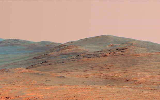 Снимок кратера Индевор, который сделал Curiosity на Марсе. Изображение № 22.