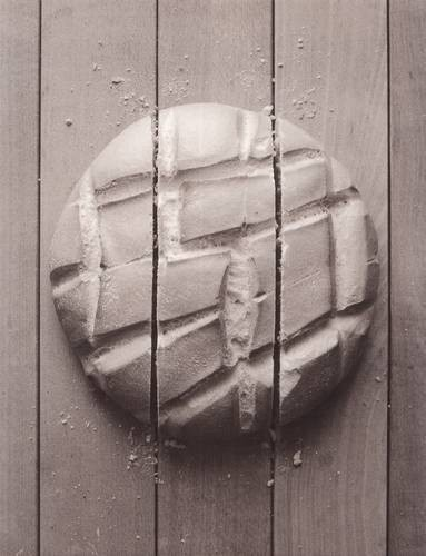 Черно-белые сюрреалистические фотографии Chema Madoz. Изображение № 37.