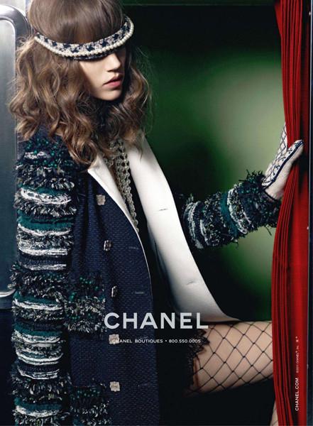 Превью кампании: Chanel FW 2011. Изображение № 2.