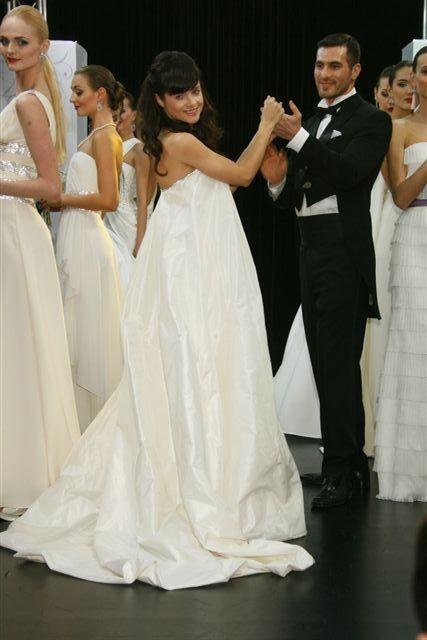Изображение 4. Коллекция свадебных платьев Игоря Чапурина.. Изображение № 4.