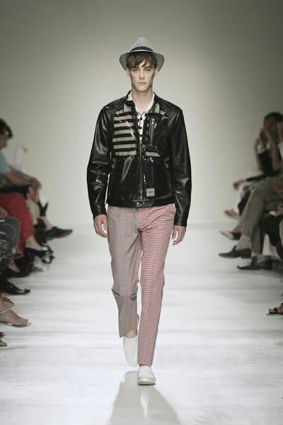 Moschino : шутник ихулиган итальянской моды. Изображение № 22.