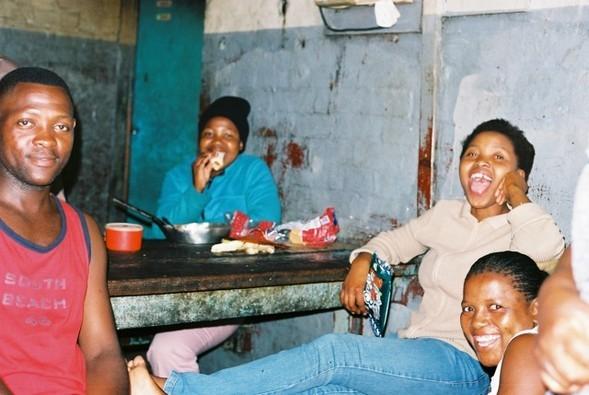 Ghetto story-мыс Доброй Надежды. Изображение № 26.
