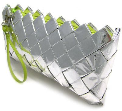 Ecoist – жизнерадостные сумки изконфетных фантиков. Изображение № 14.