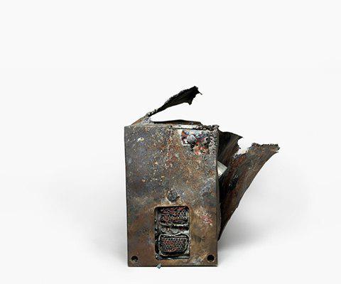 Фотографии «чёрныхящиков»  после авиакатастроф. Изображение № 5.