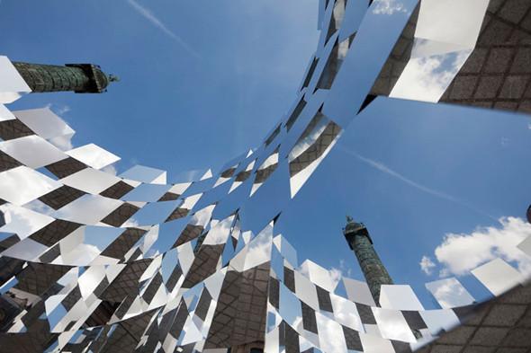 Дизайн-дайджест: Книга мифов о Бэнкси, выставка Ай Вэйвэя и арт-ярмарка FIAC в Париже. Изображение № 73.