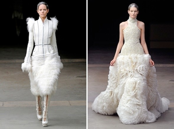 Изображение 10. Показы на Paris Fashion Week FW 2011: седьмой и восьмой дни.. Изображение № 2.