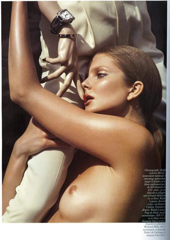 Vogue Франция ноябрь 2009. Изображение № 3.
