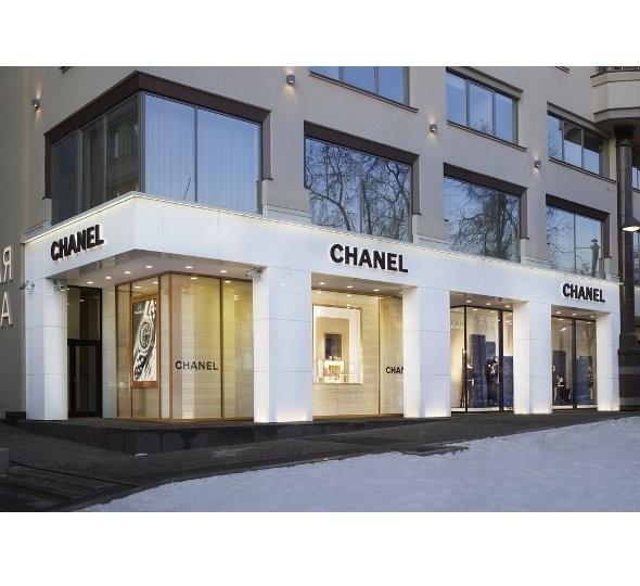 Новые магазины: Louis Vuitton в Риме, Chanel в Москве и Celine в Нью-Йорке. Изображение № 18.