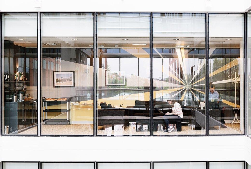 Просторный «зеленый» офис лондонского агентства Flamingo. Изображение № 19.