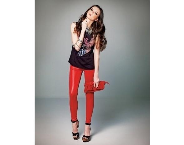 Лукбуки: Bershka, Urban Outfitters, Zara и другие. Изображение № 17.