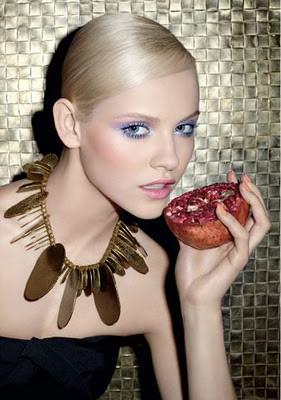 Превью: Весенние бьюти-кампании YSL, Estee Lauder и Givenchy. Изображение № 2.