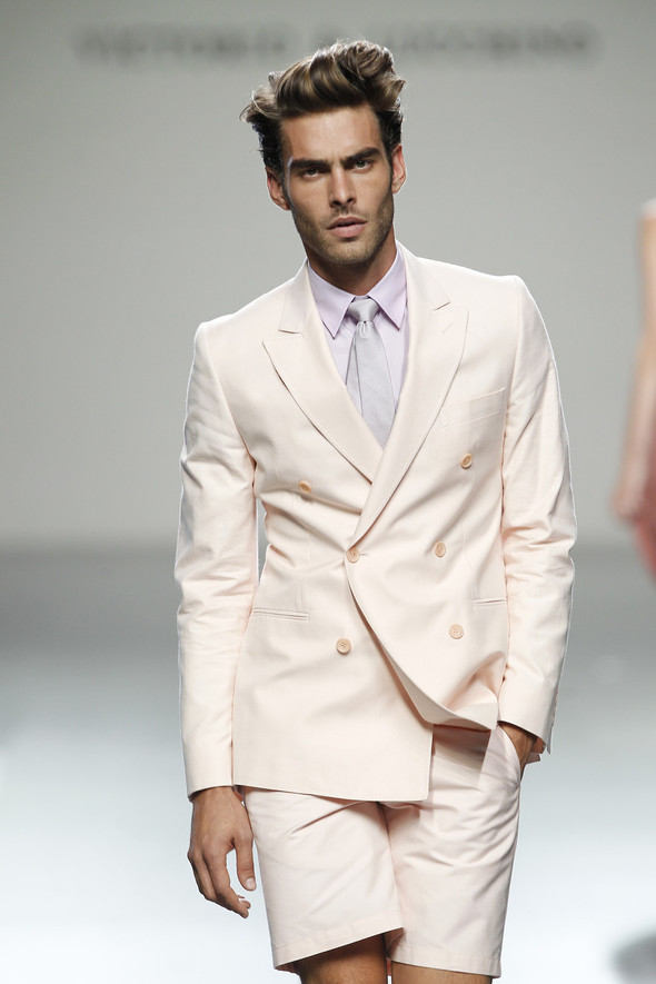 Madrid Fashion Week SS 2012: Victorio & Lucchino. Изображение № 4.