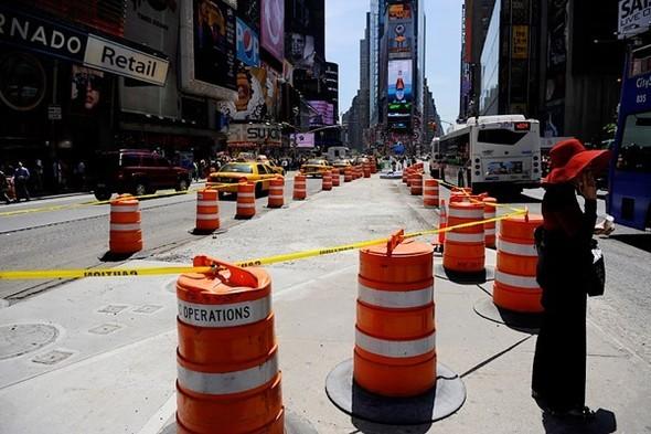 Площадь Таймс-сквер стала пешеходной. Изображение № 14.