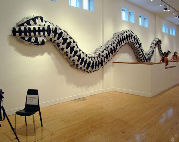 Искусство где-то рядом: 10 художников, работающих с предметами быта. Изображение № 15.